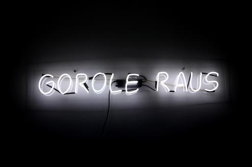 07.Gorole-Raus-neon-2009